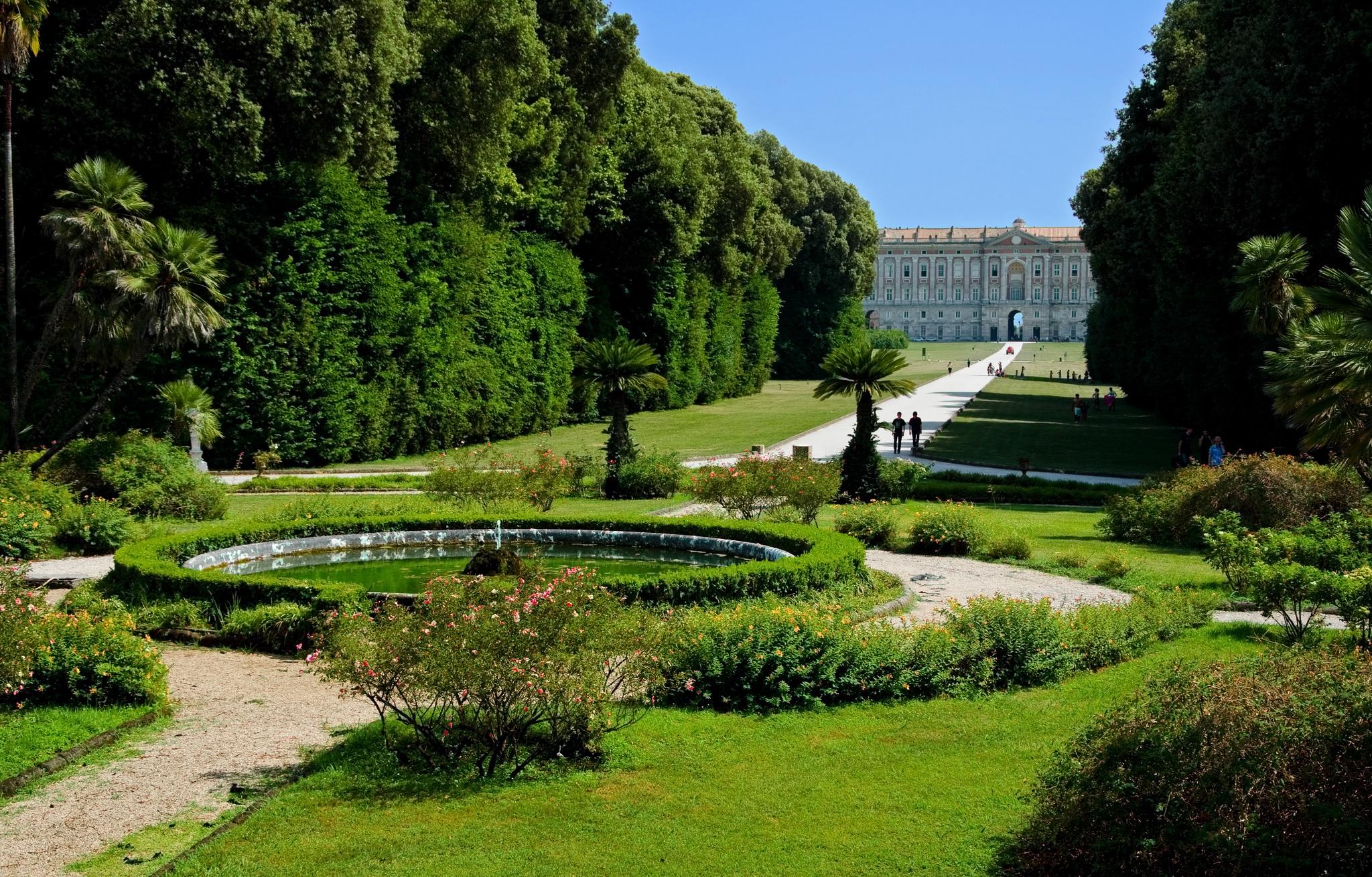 Car Seat Disposal >> Royal Palace of Caserta and Naples city centre - Positano Car Service