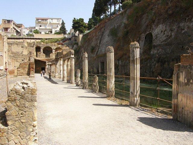 ruins in Ercolano